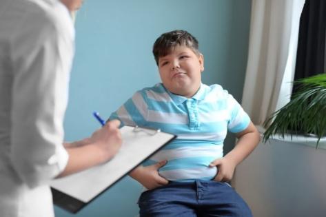 Los adolescentes con sobrepeso u obesidad no siguen ningún tratamiento