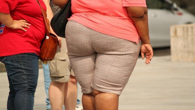 Obesidad y ejercicio. ¿Qué riesgos tiene? ¿Por qué ejercicios empezar? ¿Cuáles no son recomendables?